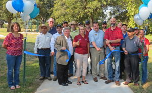 trail ribbon cutting-2-1000